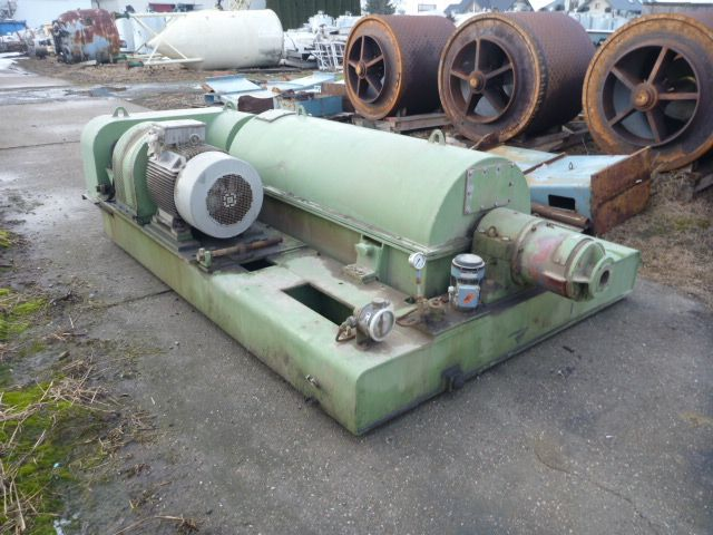used decanter centrifuge