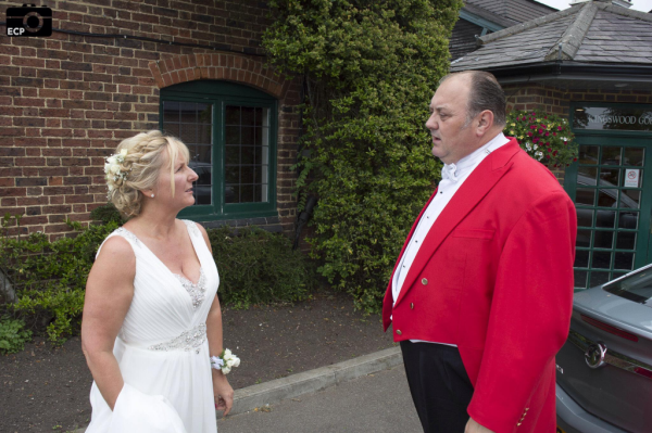 Toastmaster Nick Ede talking with Bride at Kingswood Golf Club