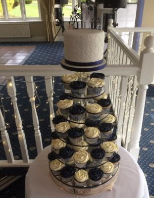 Beautiful Wedding Cake at Amanda and Alex's wedding on St Patrick's Day