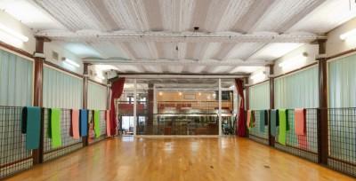 Notre superbe salle de claquettes au Kajyn Paris, le parquet idéal pour la pratique de la danse !