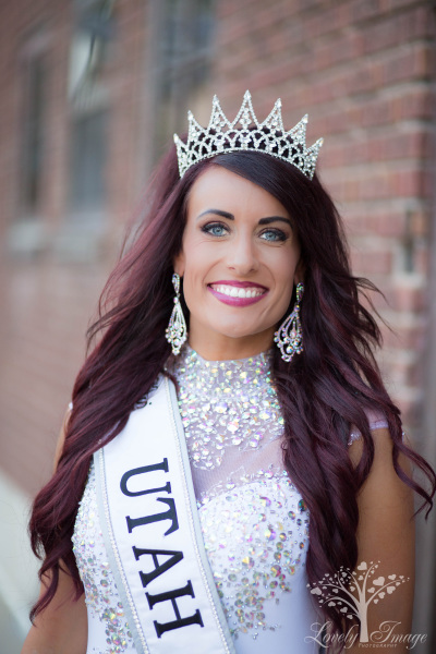 Miss Utah- Kindra Kauer