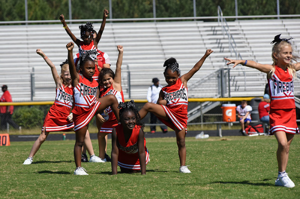 2017 Game 4 - Cheer - 08