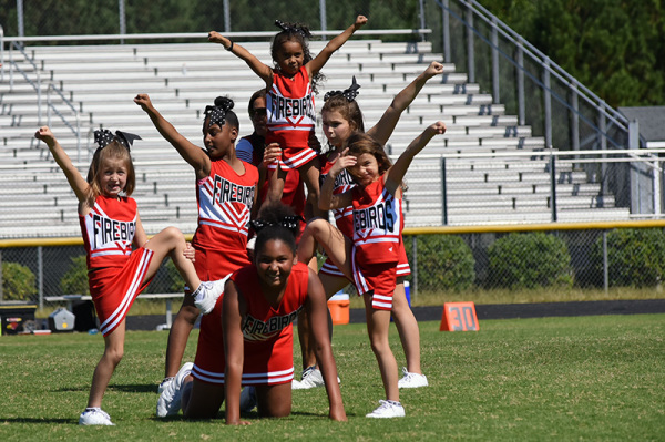 2017 Game 4 - Cheer - 09