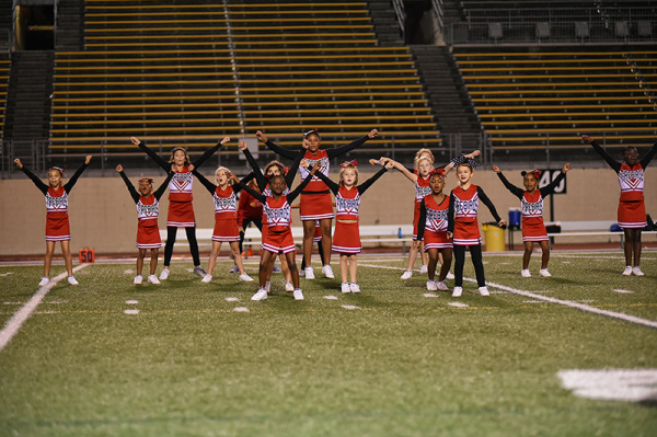 Game 8 Cheer - 04