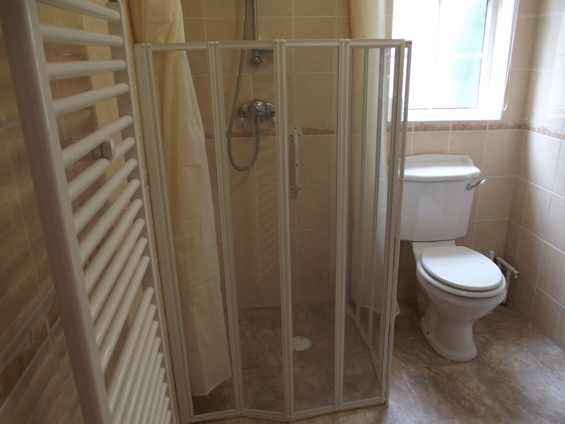 easy access shower room
