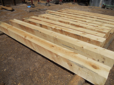 Rough-Sawn Beams