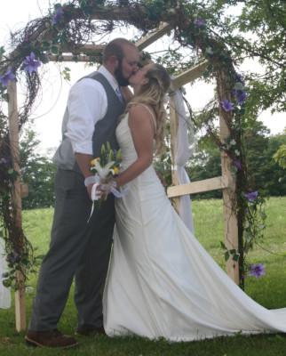 Wedding photographer in Utica, NY