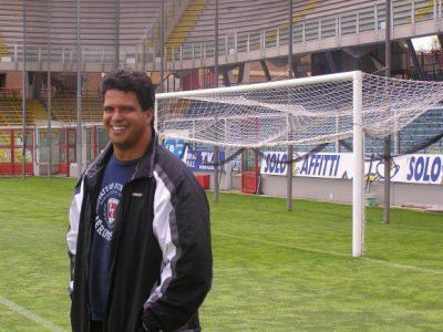 Head Coach  :  CARLOS SANTOS