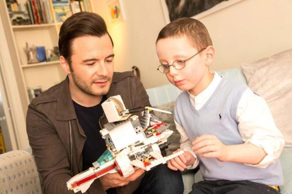 Donal Parsons uses Lego to help him fight big C