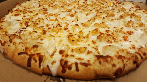 Garlicky Chicken Pizza