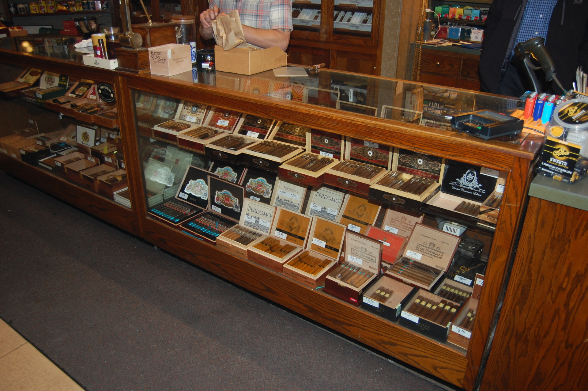 Perdomo EPC Cigars Milwaukee Humidor