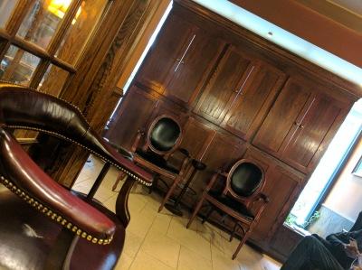 Uhles customer lounge