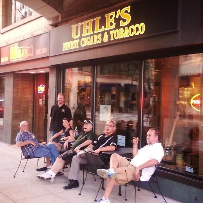 Milwaukee Smoking Lounge Cigar pipe shop