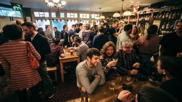 The predictive power of the pub