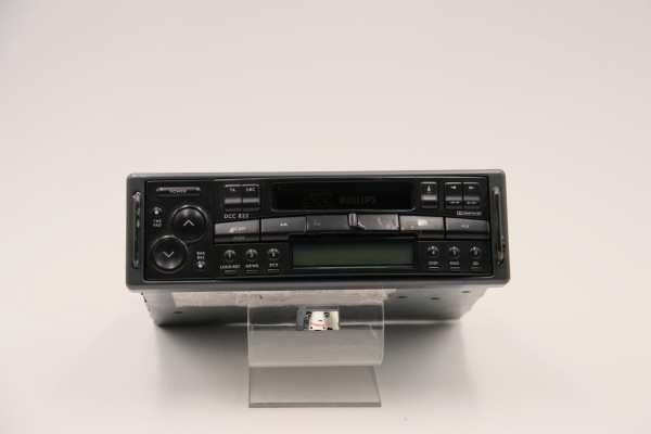 Philips Car Stereo DCC822 User Manual