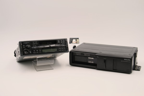 Philips Car Stereo DCC850 User Manual