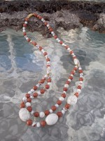 Howlite and goldstone