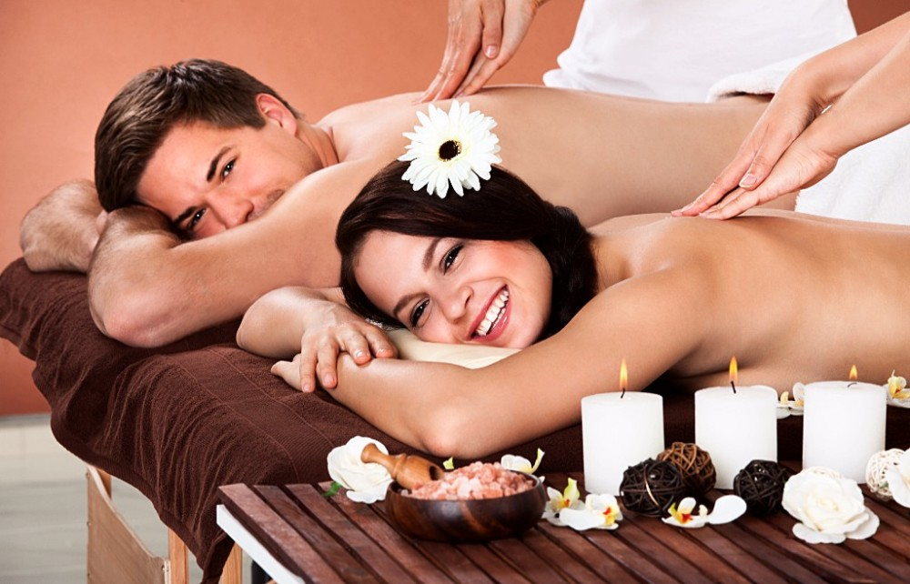 Couples Retreat at Heavenly Retreat Day Spa , 141 Whitehorse road, Deepdene Vic, 3103
