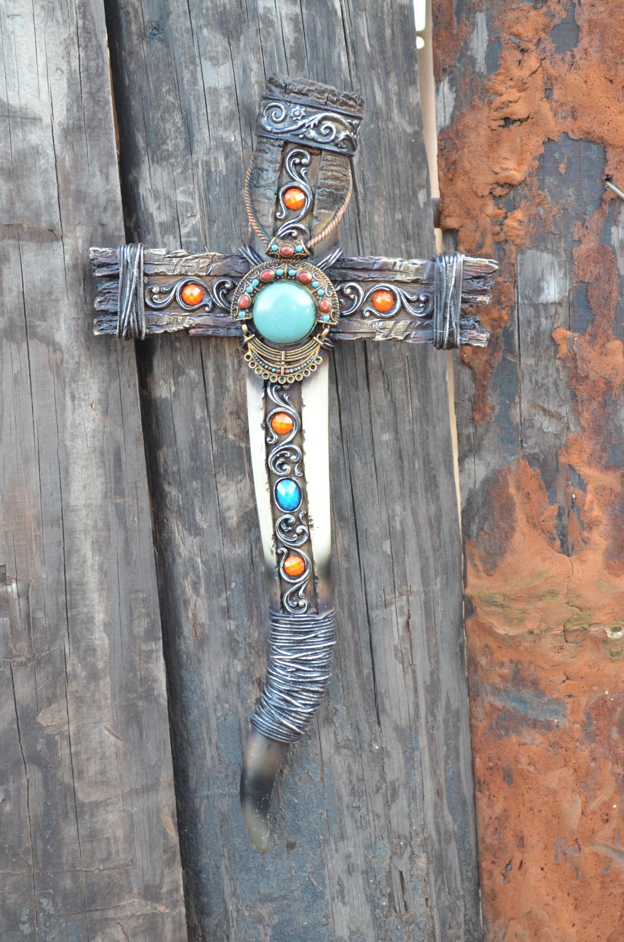 Faux Horn Cross