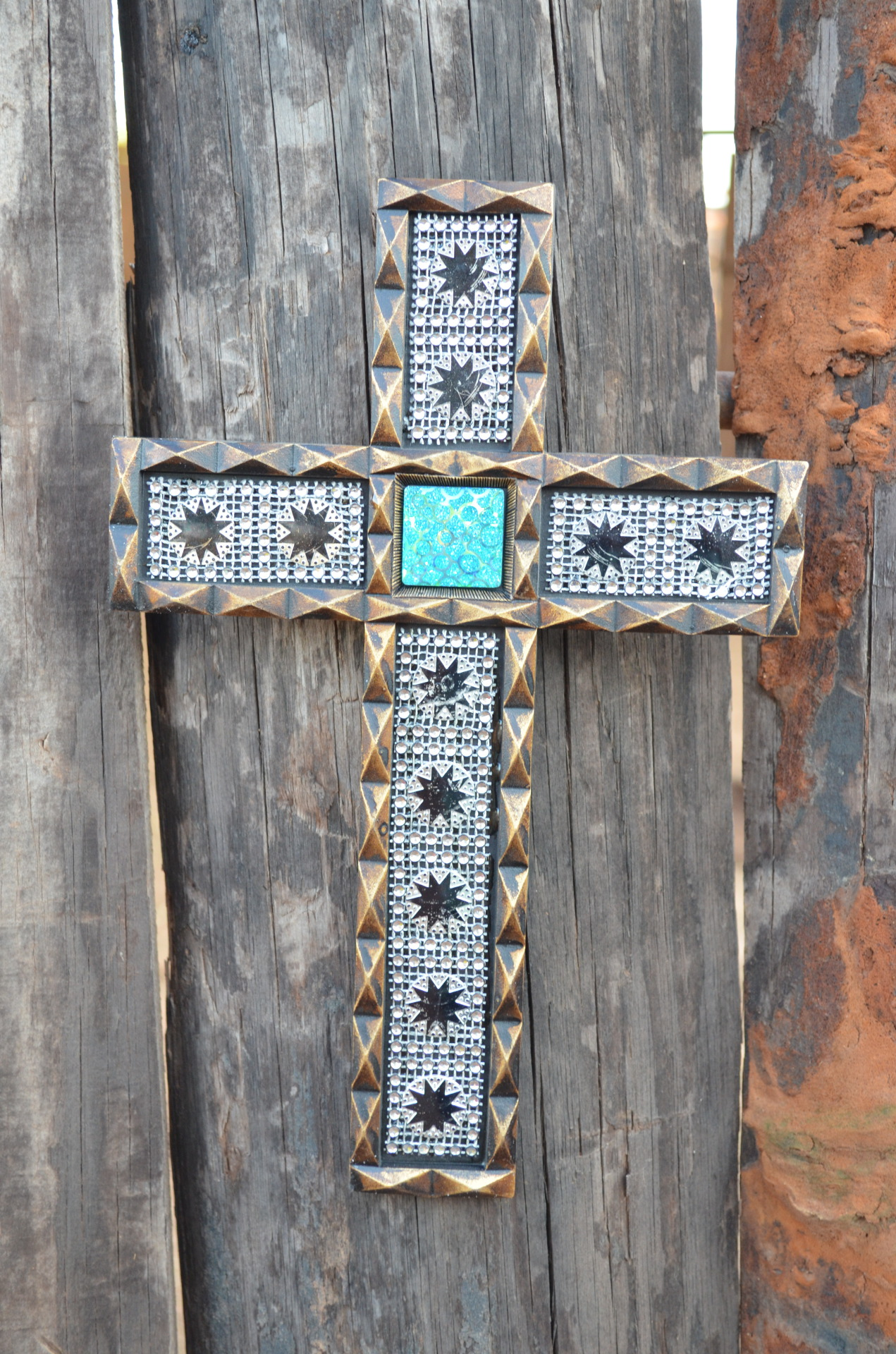 Small Diamond Cross