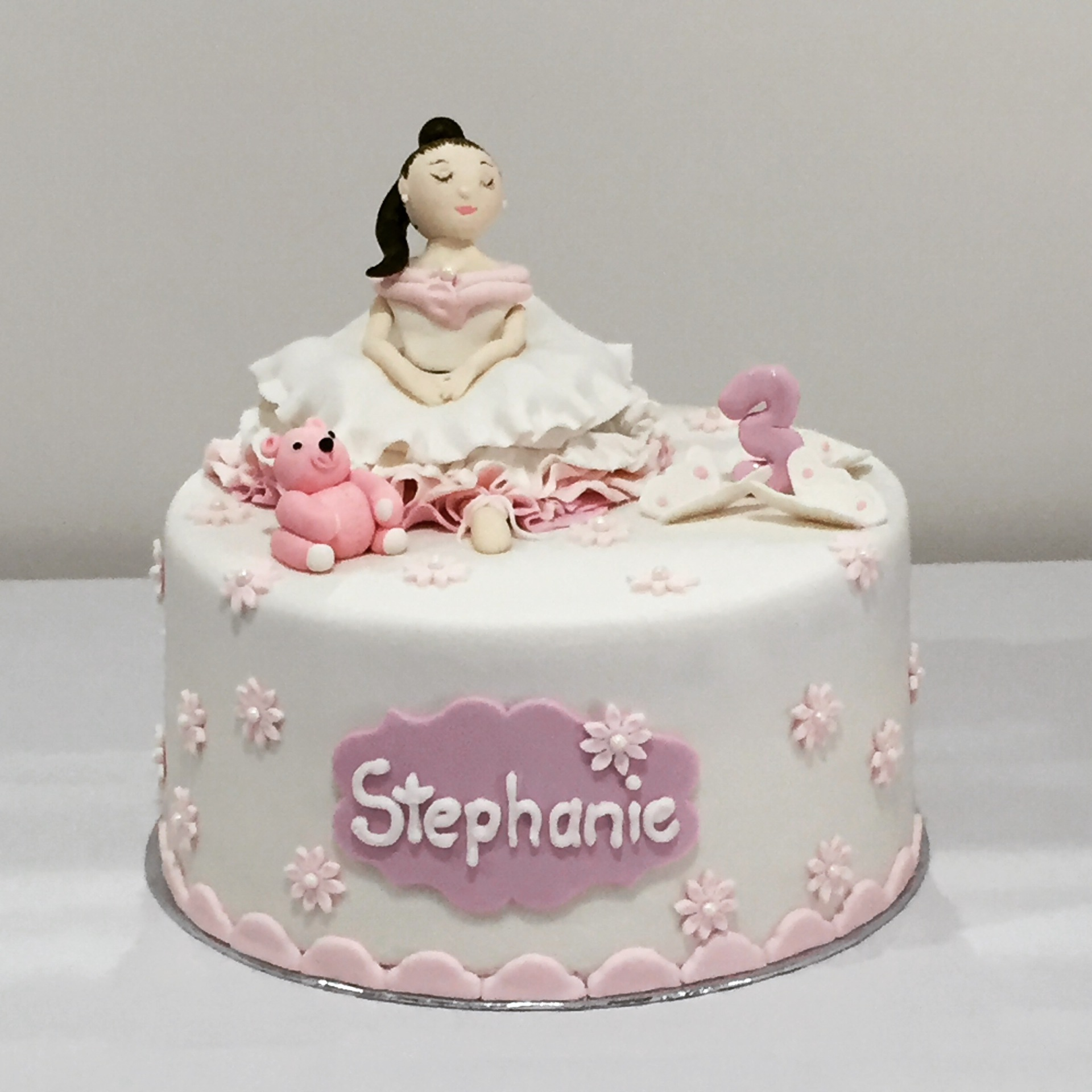 3D Cake Topper / 4 Layer Cake