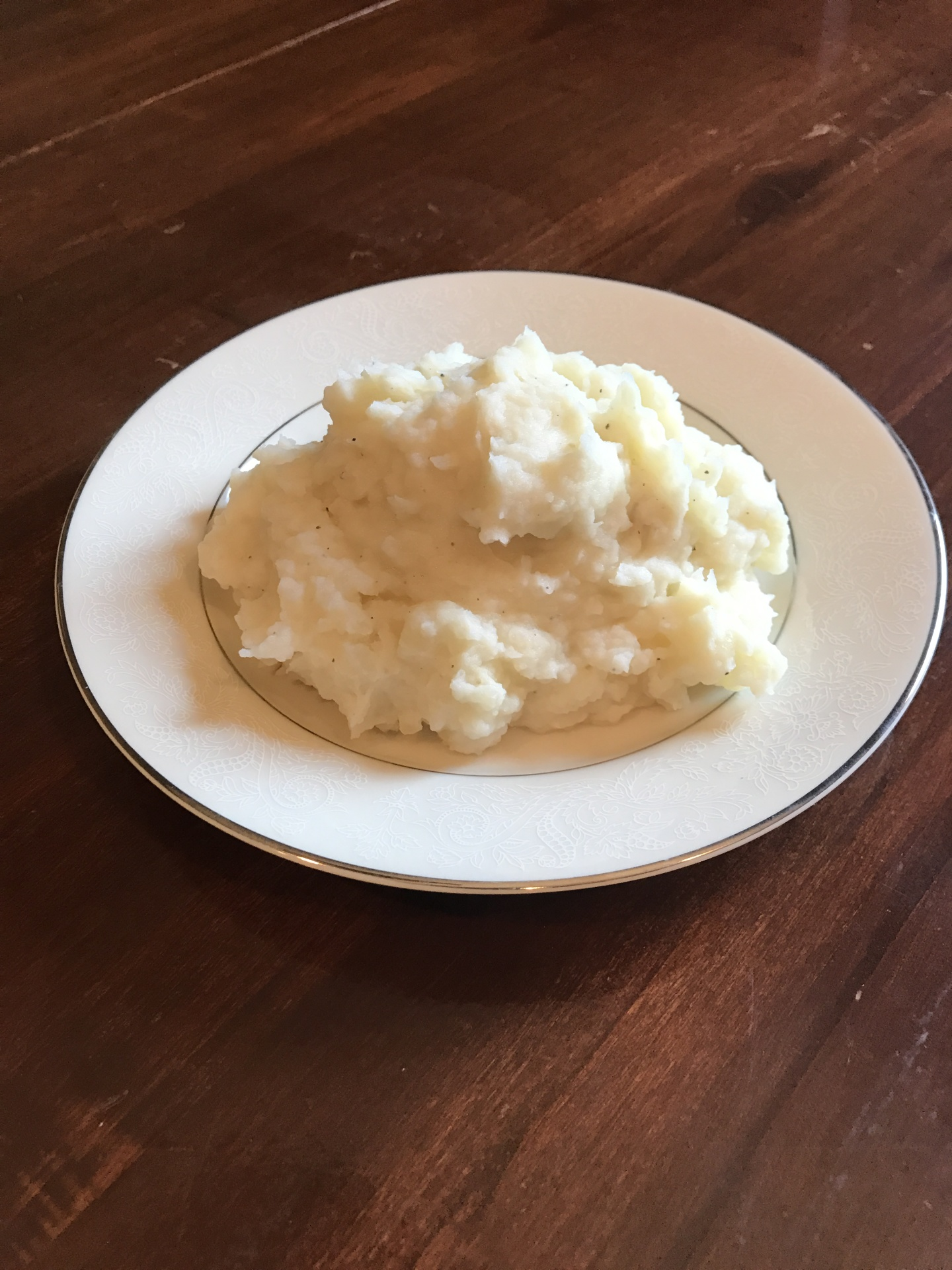 Sour Cream and Garlic Mashed Potatoes