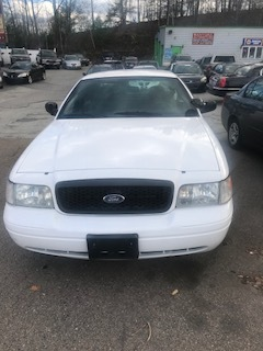 2009 ford crown vic $3500