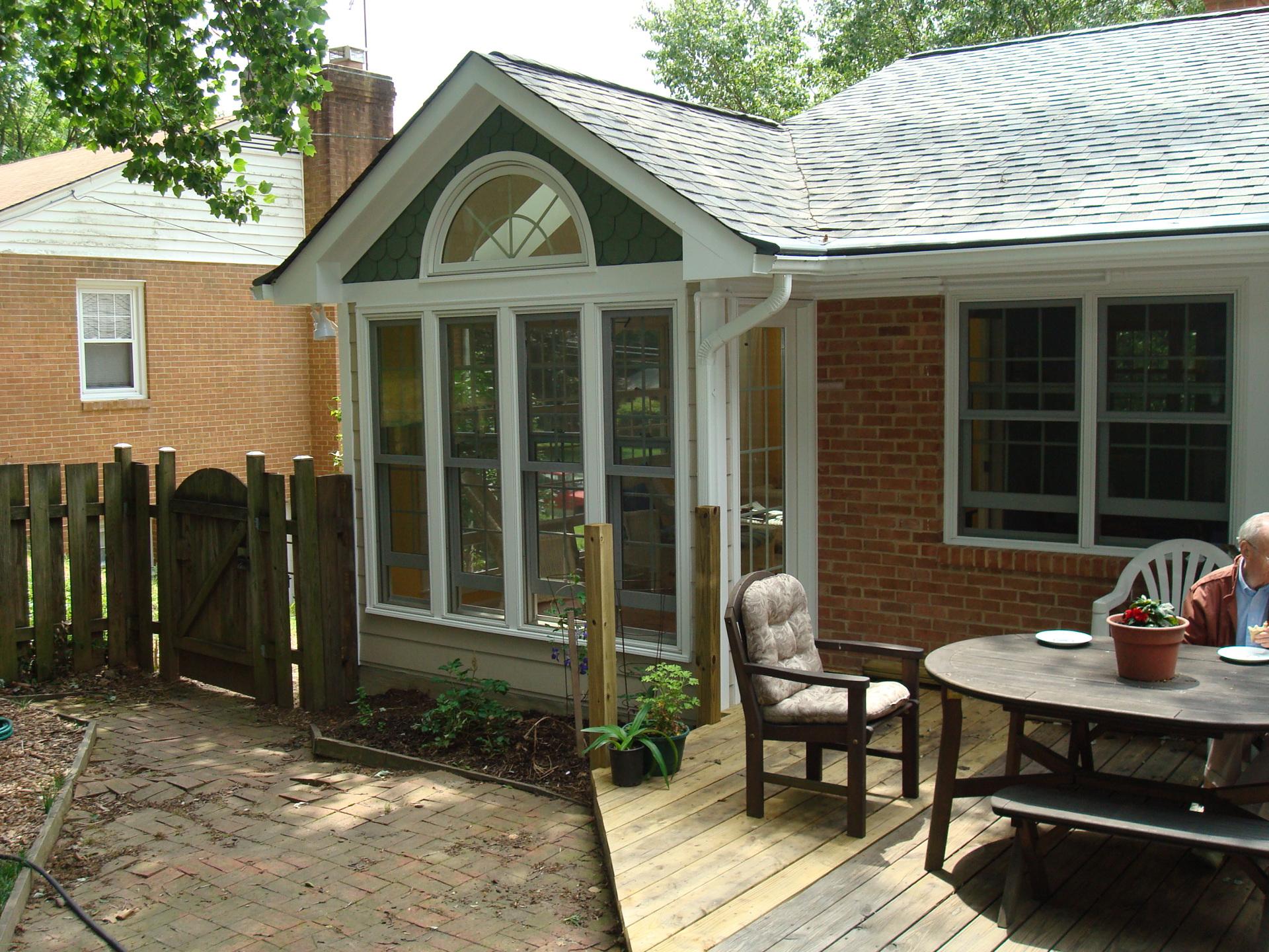 Sunroom creates an end for the house