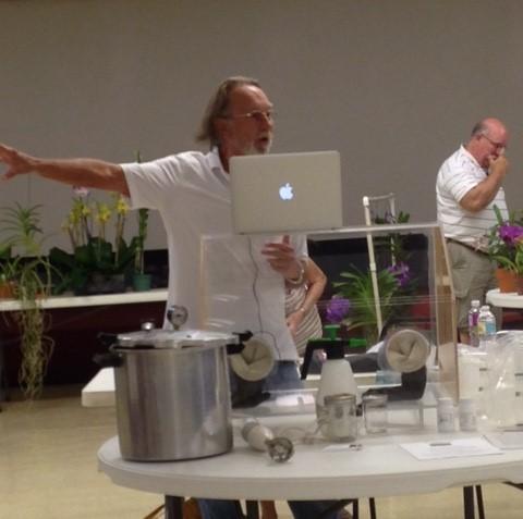 Steve doing a flasking seminar