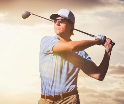 swing-golfer