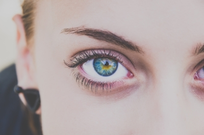 Why Eye Contact is Vital to Great Acting