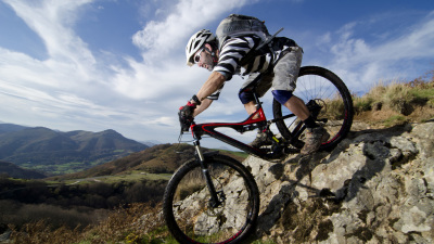 Difference Between a Road Bike and a Mountain Bike