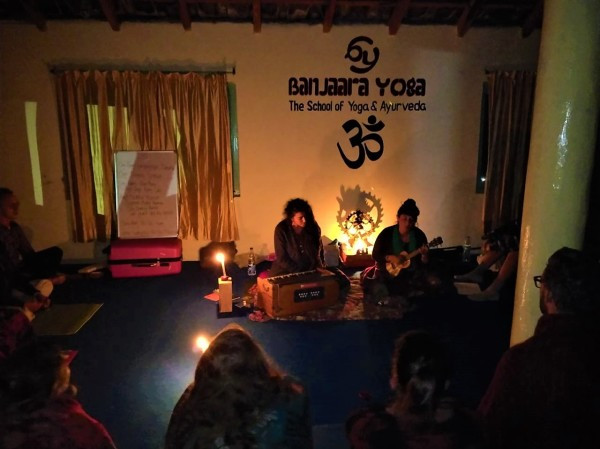 Kirtan - Bhakti Yoga at Banjaara Yoga in Dharamsala