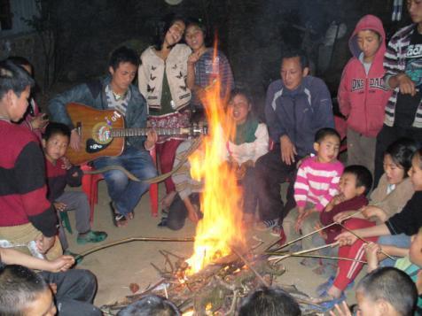 2013: Fireside songs at SHA