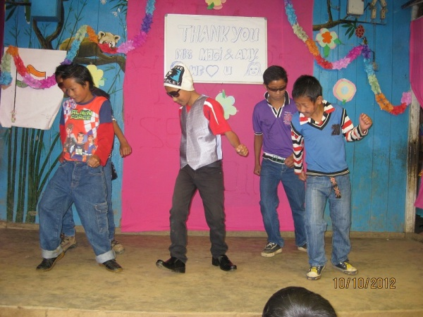 2012: Farewell, Hindi dance by boys