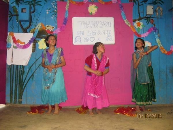 2012: Farewell, Hindi dance by girls