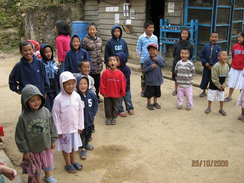 2008: More children with new (donated) clothes