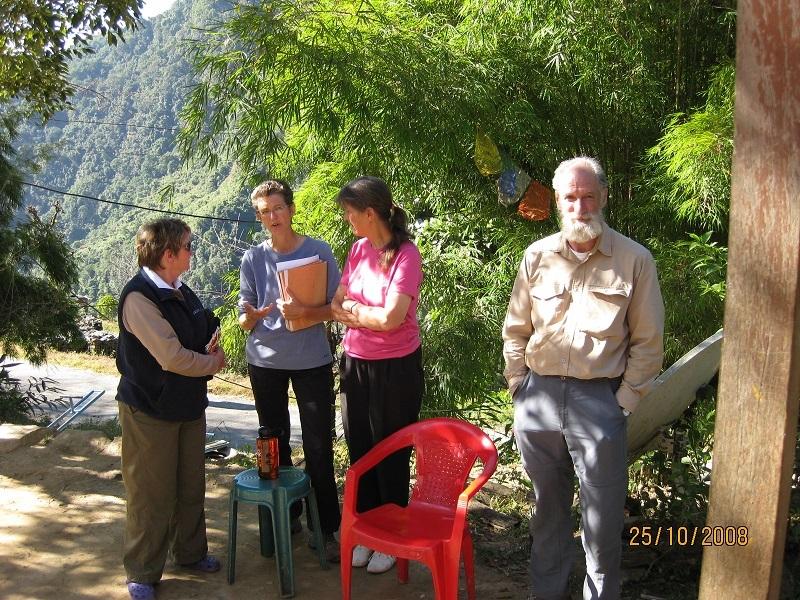 2008: Canadian and European volunteers
