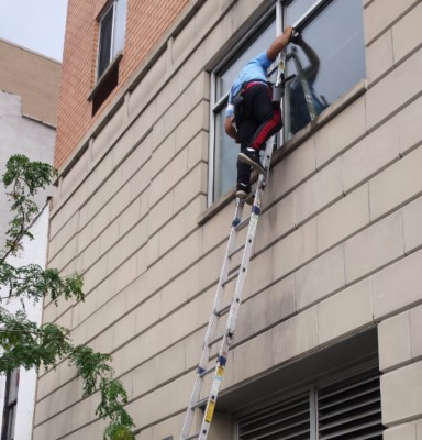 High Ladder Cleaning