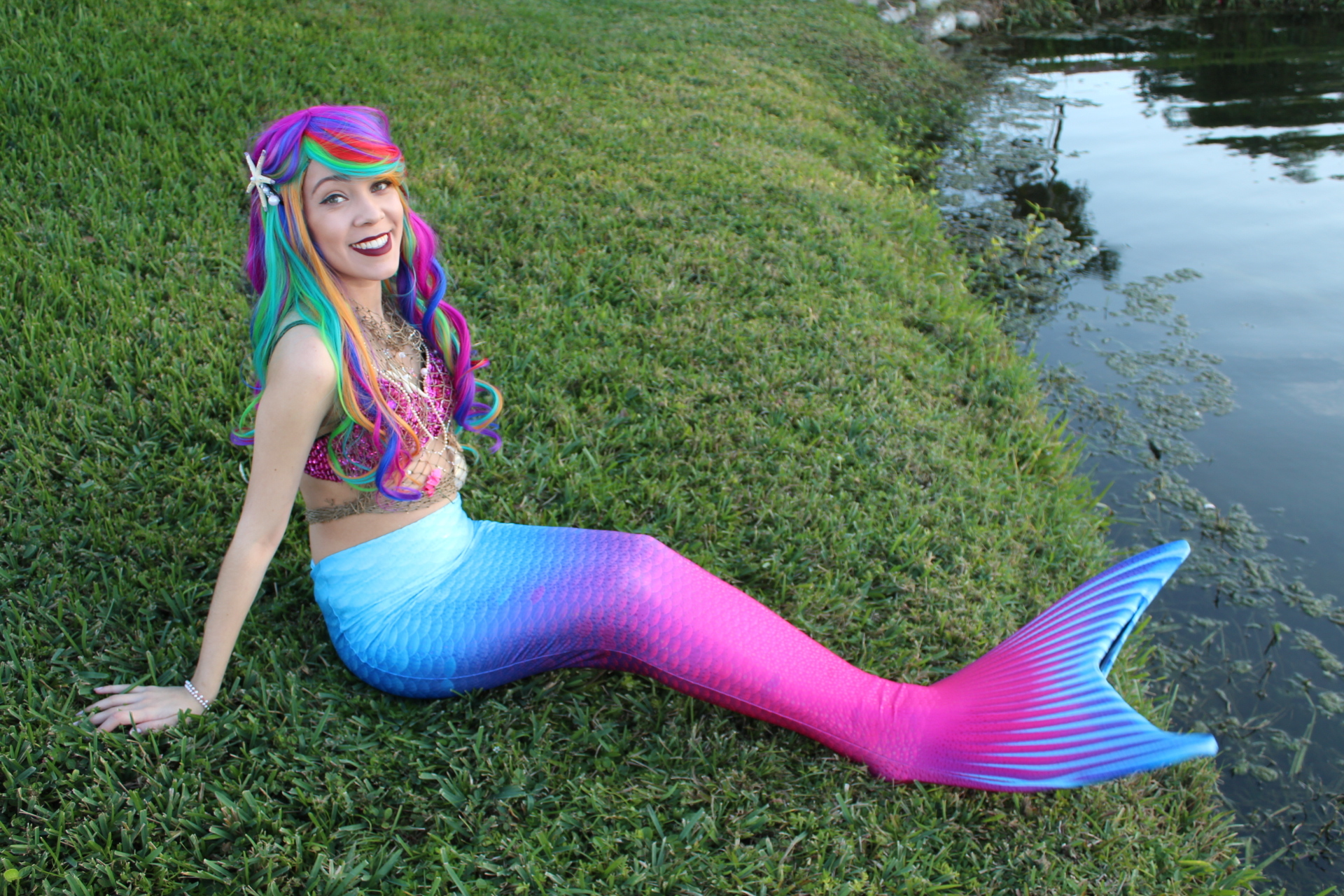 Swimming Mermaid party