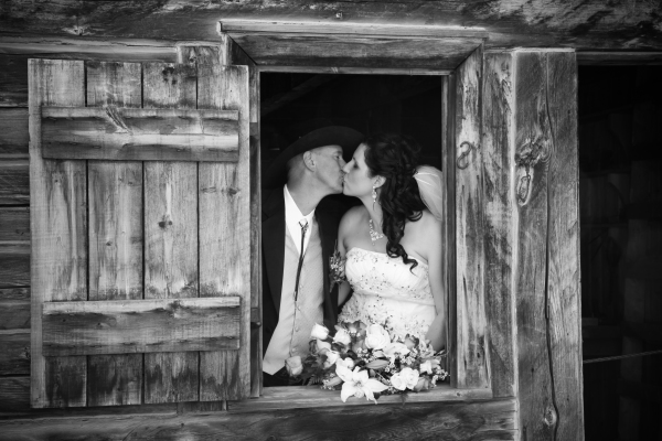 Fort Edmonton Wedding Photo