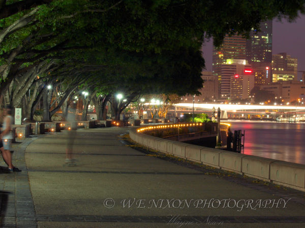southbank, brisbane, long exposure night, people, time lapse, boardwalk, landscape, photography