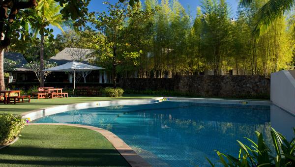 anvaya cove swimming pool