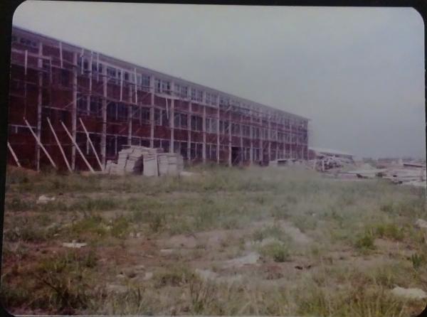 December 1977, building in progress