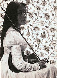 Zitkala-Ša (1876–1938)