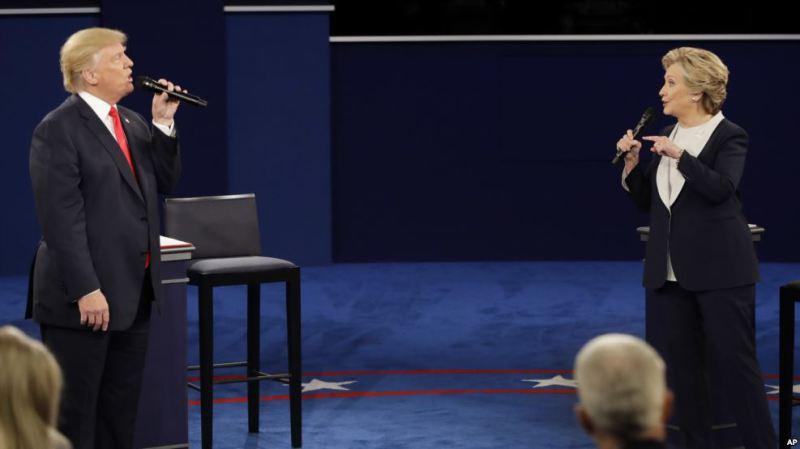 Donald Trump, ayaa Hillary Clinton waxa ay sheegtay