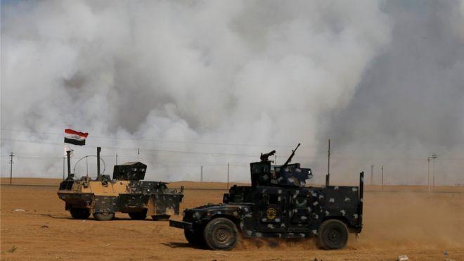 Ciidammada Ciraaq oo dib u billaabay duulaanka Mosul