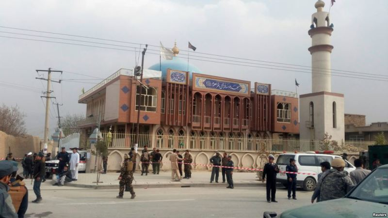 Kabul: 30 Qof oo ku Dhintay Qarax ka Dhacay Masjid