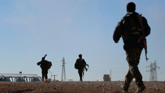 Suuriya: Duqaynta oo biyihii ka jartay magaalada Raqqa