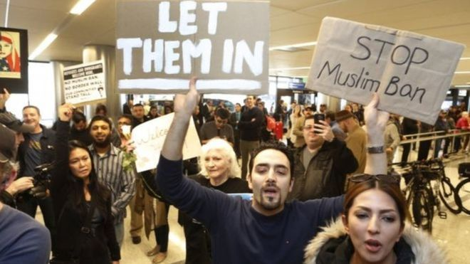 Xaakim is hortaagay amarkii Trump uu ku soo rogay 7 dal oo Muslim ah